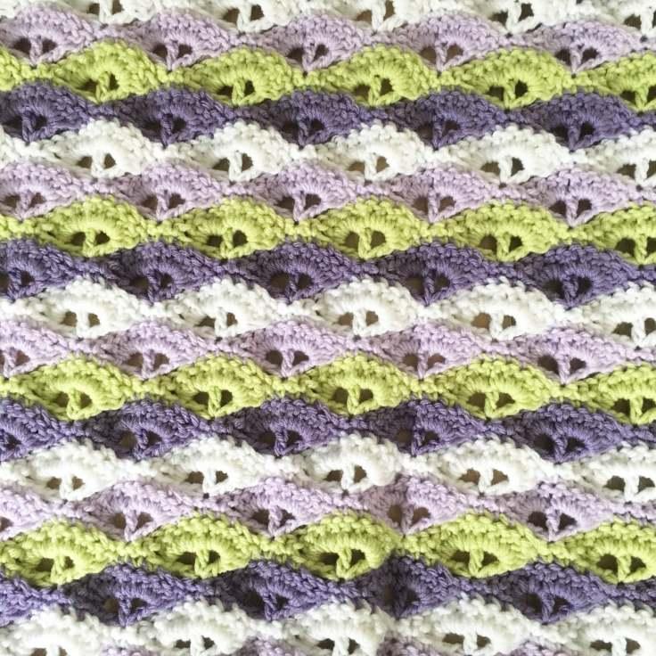 Blanket Sea Shell Pattern